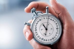 cyfex_-performance_istockphoto-000016478137_small-hand-with-classic-stopwatch_1_585_387